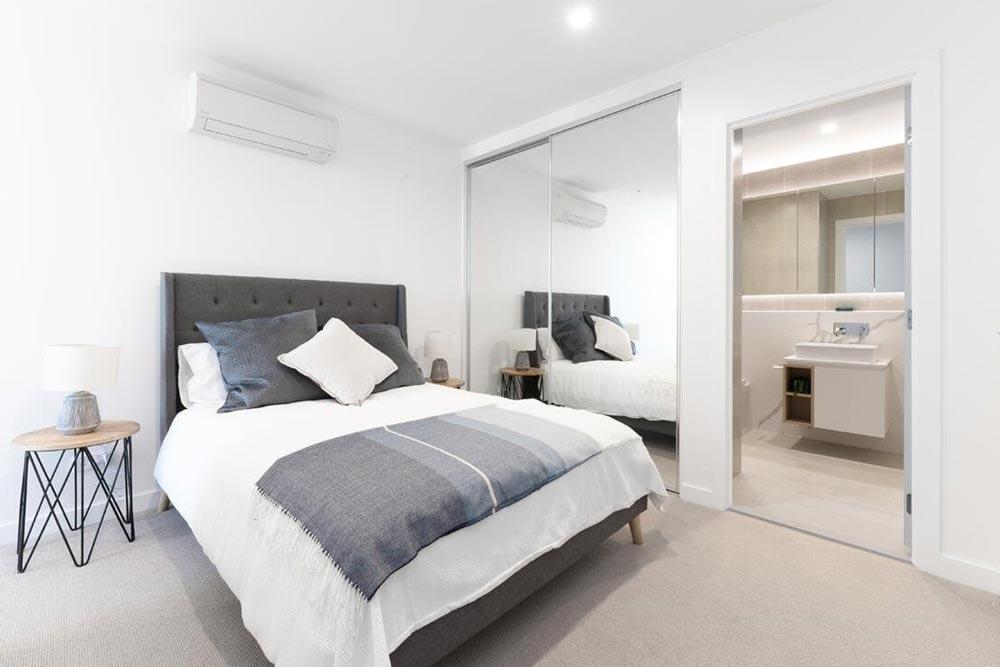 1060 Carnegie Bedroom